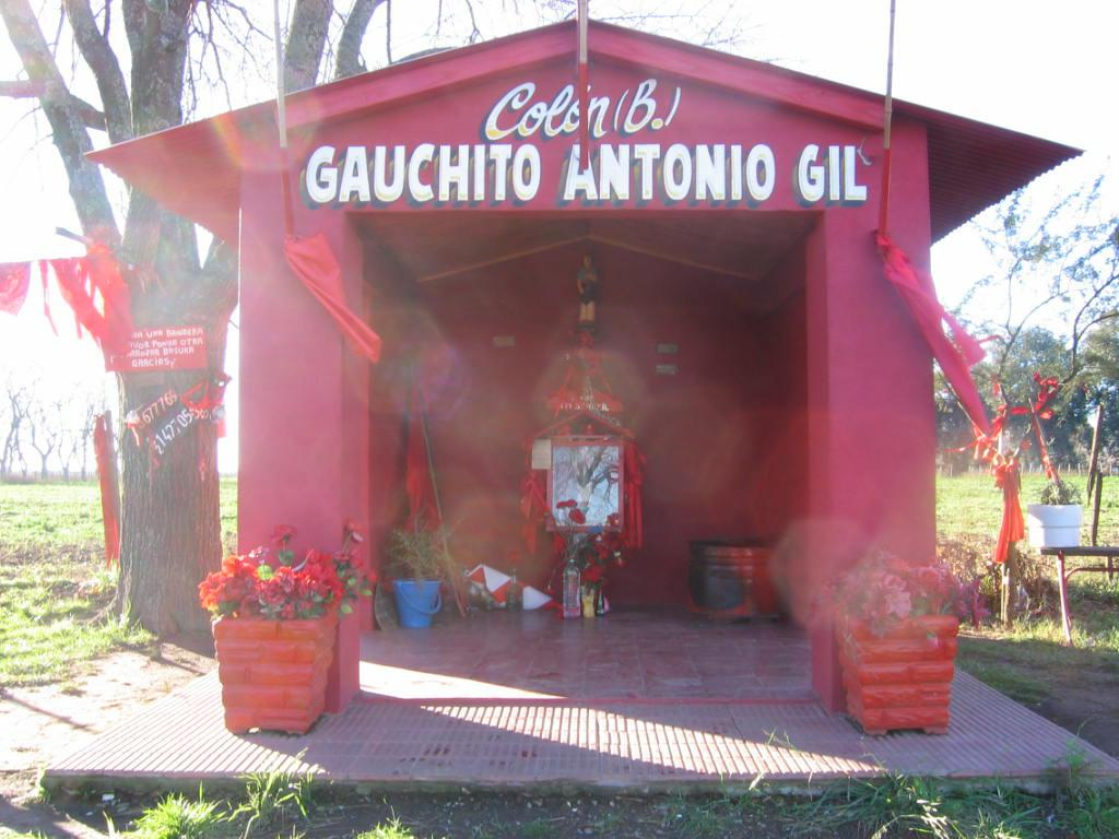 /images/Proyectos/GauchitoGil/IMG_6258.jpg